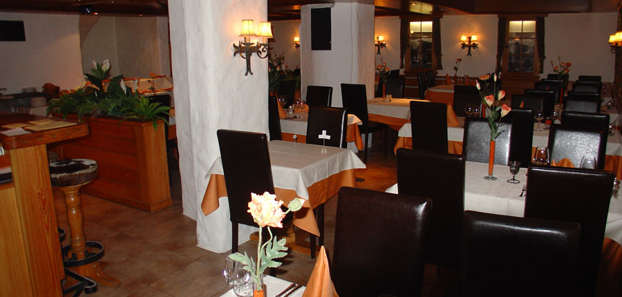Switzerland_Saas-Fee_Hotel_Europa_dining2.jpg